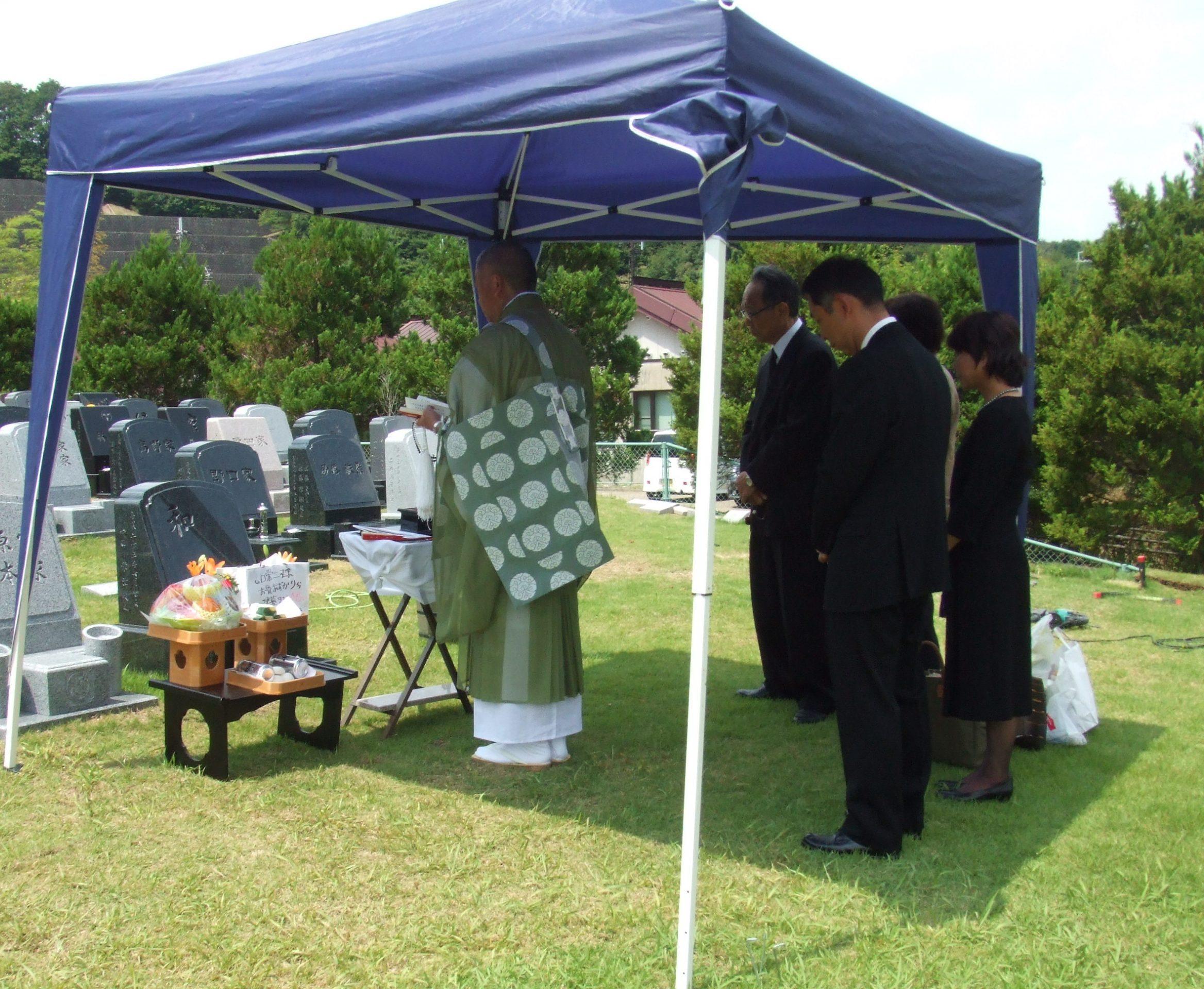 【質問】無宗教ですが、お墓買えますか?