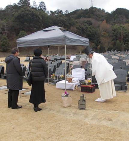 お墓を買う時、宗旨・宗派不問?素朴な疑問に答えます。過去の宗派は不問とは